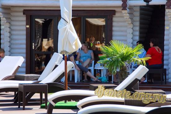 """Джемете клуб-отель """"Белый пляж"""""""